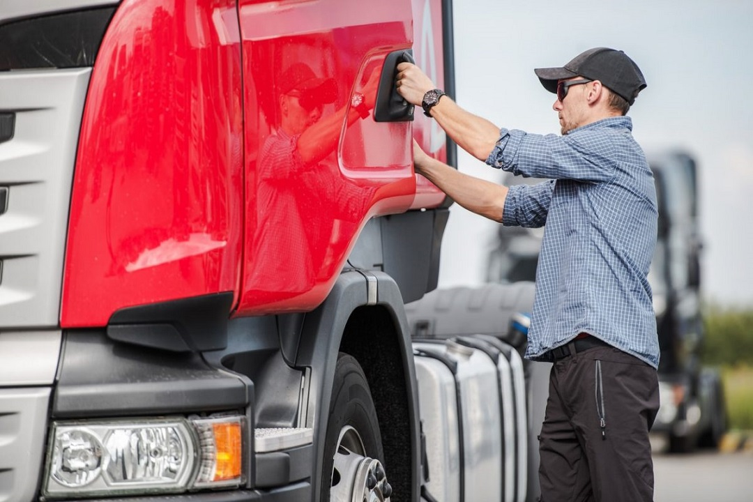 Employment Benefits for Truckers