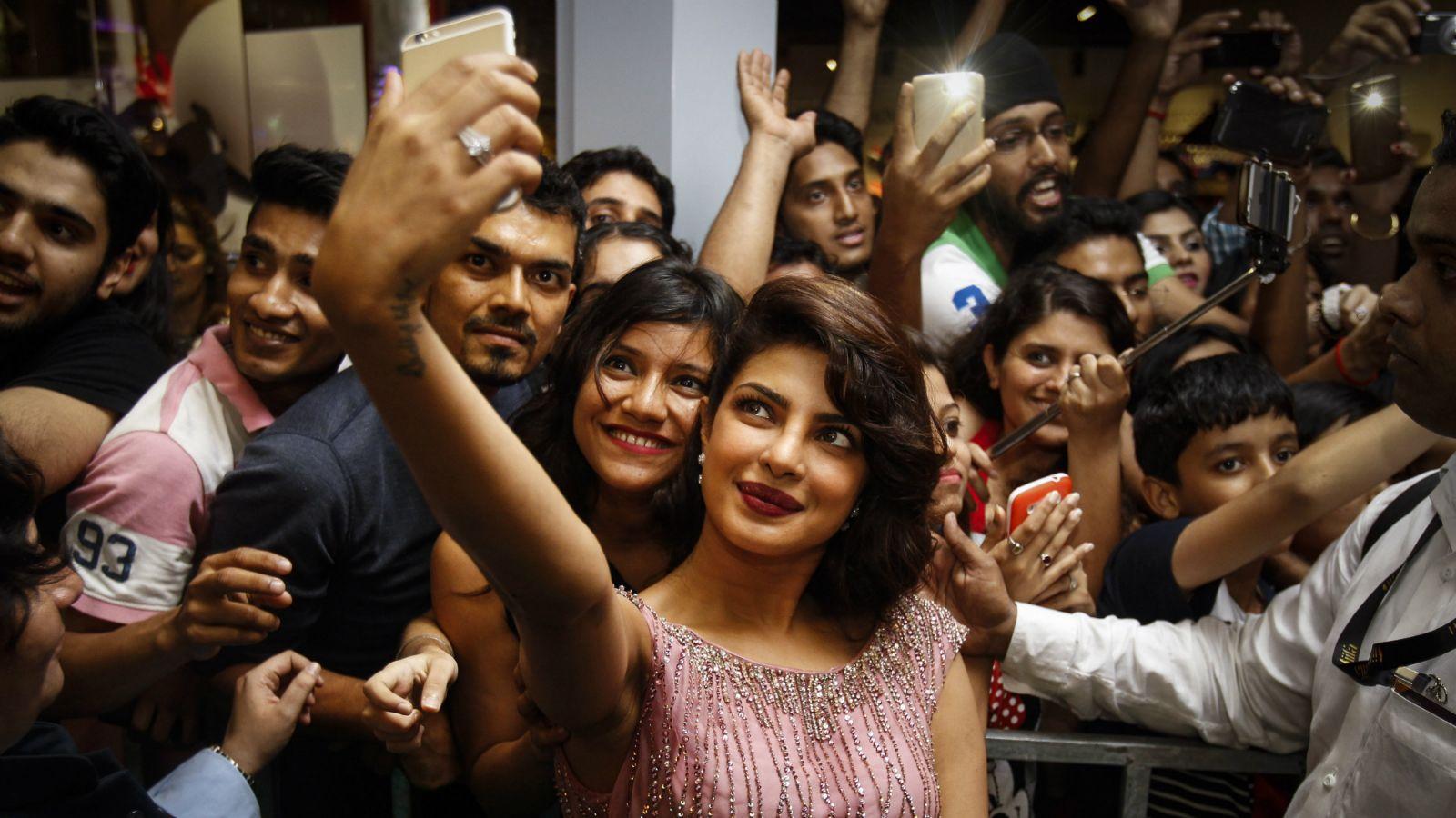 Role of celebrities in fan's