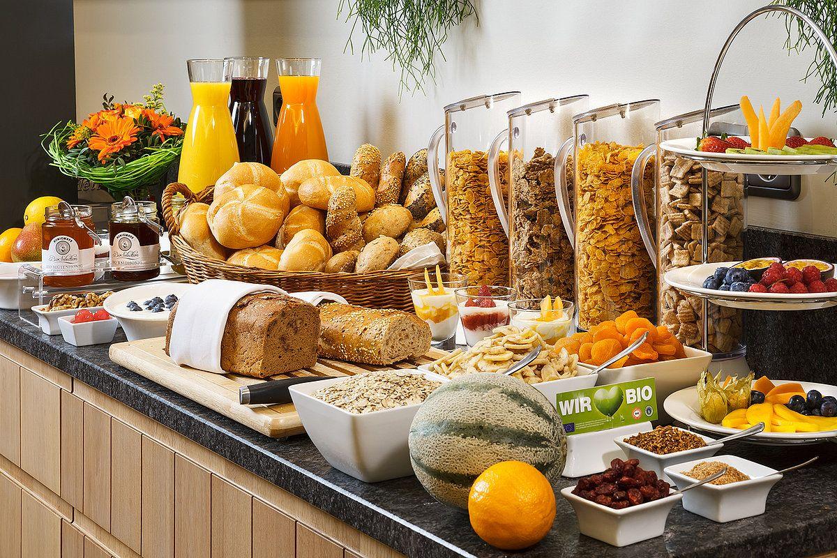 bizarre things about buffets