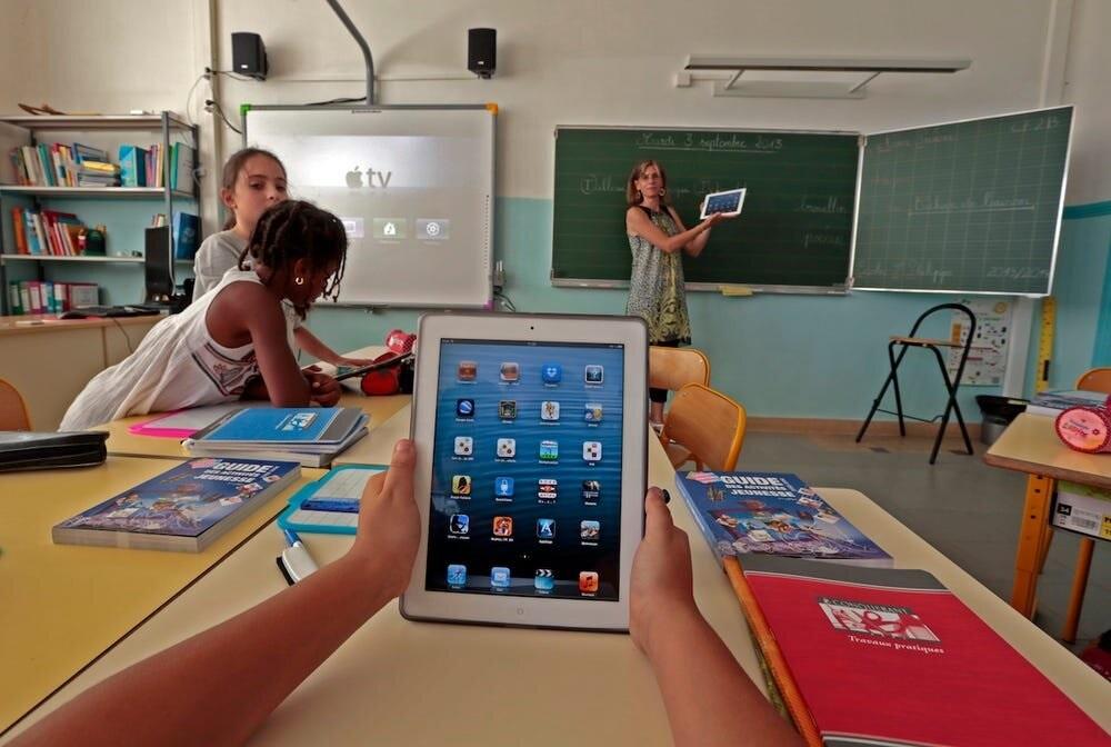 tablet, laptop, or smartphon